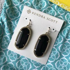 Kendra Scott Elle Gold Earrings in Black